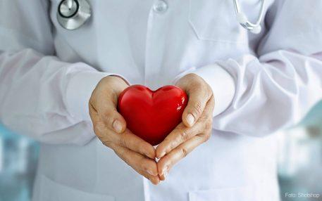 Evaluation belegt: Deutlich weniger Todesfälle im AOK-Kardiologievertrag